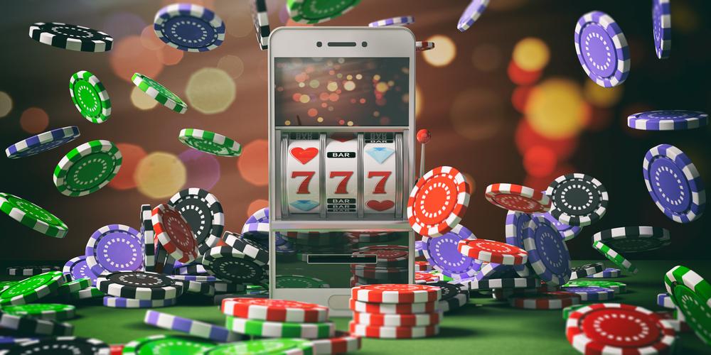 Cazino online pe mobil sau desktop? Care este mai popular?